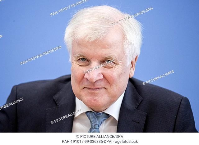 17 October 2019, Berlin: Horst Seehofer (CSU), Federal Minister of the Interior, Home and Construction, presents the situation report of the Federal Office for...