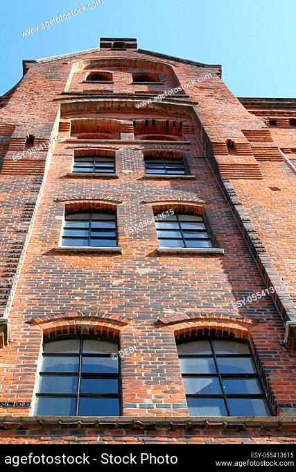 kontorhaus, brick house