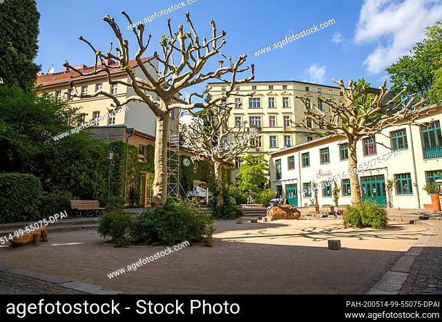 07 May 2020, Berlin: Interior view of the Heckmann courtyards. The Heckmann-Höfe are located in the Spandauer Vorstadt between the Postfuhramt and the New...