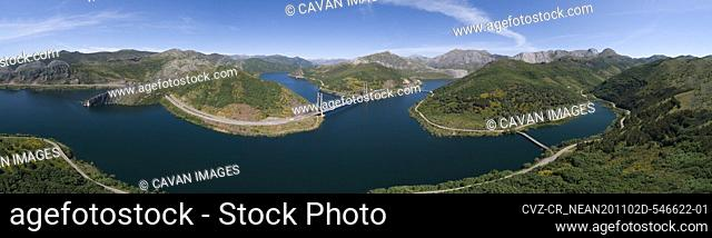 Luna reservoir full from aerial view