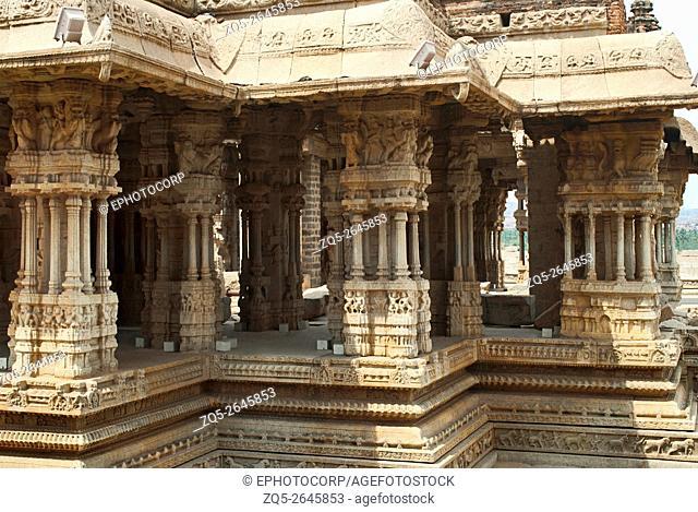 Musical pillars. Maha Mandapa, Vitthala Temple complex, Hampi, Karnataka, India