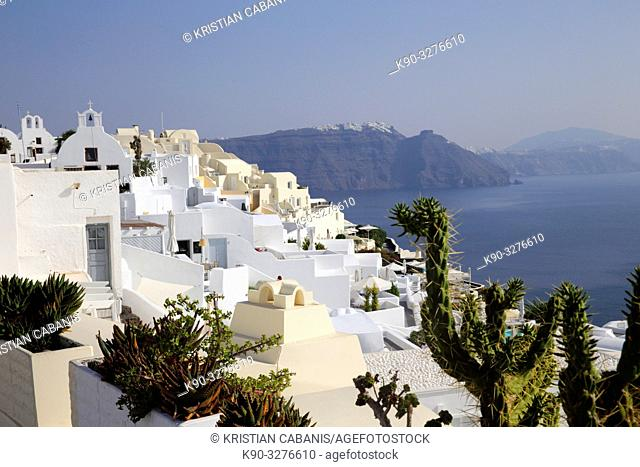 Houses in Oia with the sea and caldera, Santorin, Greece, Europe