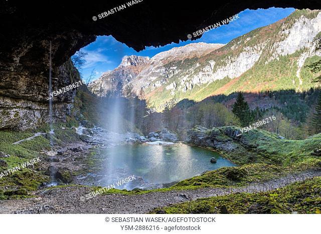 Fontanone Di Goriuda, Raccolana Valley, Province of Udine, region Friuli-Venezia Giulia, Italy, Europe