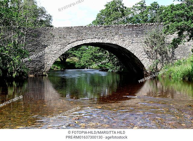 Newton Bridge over River Almond near Newton, Perth and Kinross, Highlands, Scotland, United Kingdom / Newton Bridge über den River Almond bei Newton