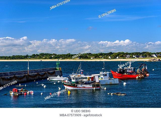 France, Brittany, Finistère Department, Trévignon, Pointe de Trévignon, port