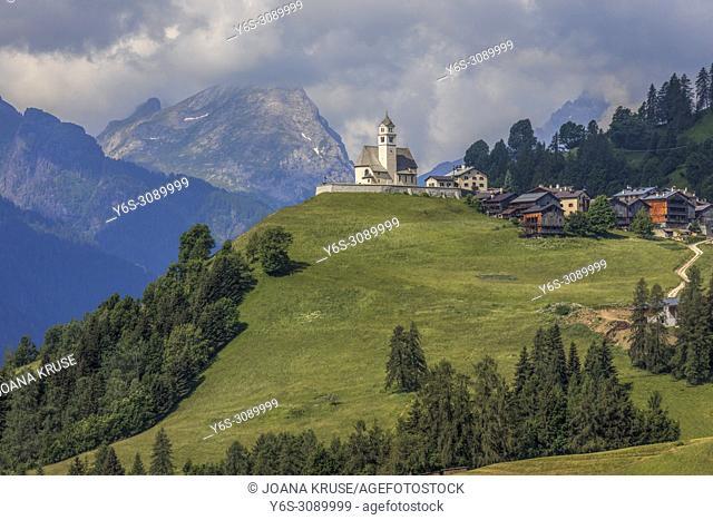 Colle Santa Lucia, Belluno, Veneto, Dolomites, Italy, Europe