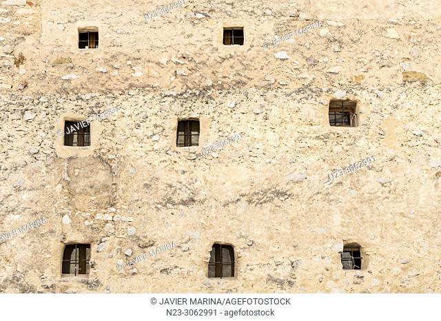 Windows in the back of a house. San Mateo, Castellón, Spain