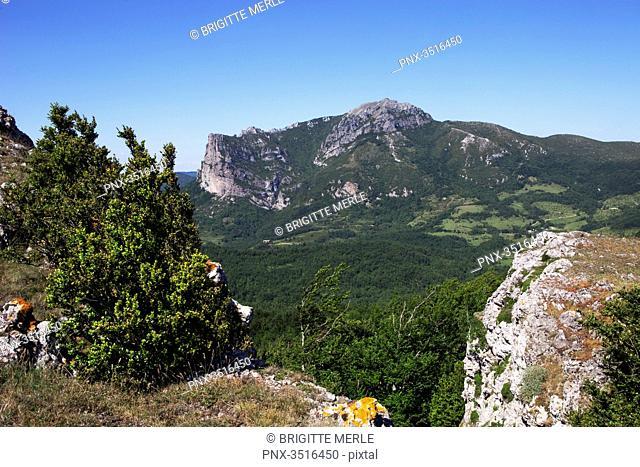 France, Aude, Bugarach, Mount Bugarach seen from Plateau of Malabrac