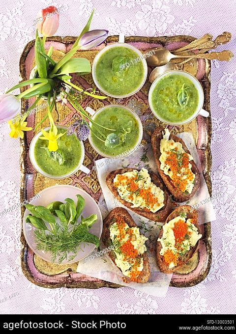Cold spinach soup with basil and dill, Bruchetta with scrambled eggs and roe