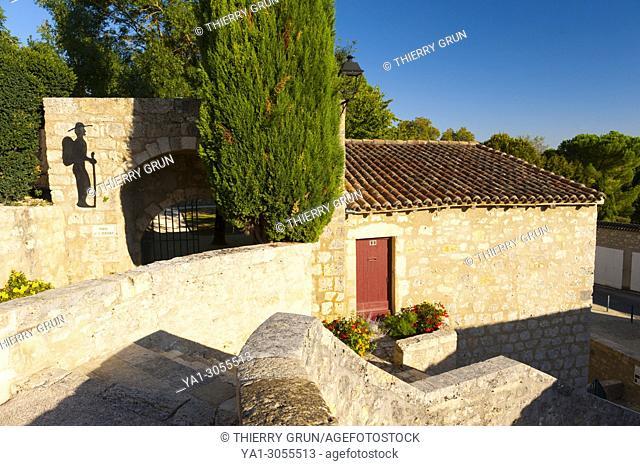 France, Gers (32), town of Lectoure on the way of Saint Jacques de Compostelle, porte de la cerisaie