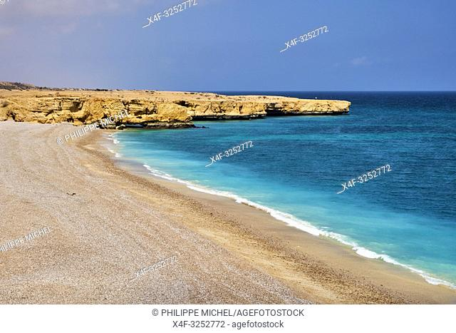 Sultanat of Oman, governorate of Ash Sharqiyah, beach near Wadi ash Shab