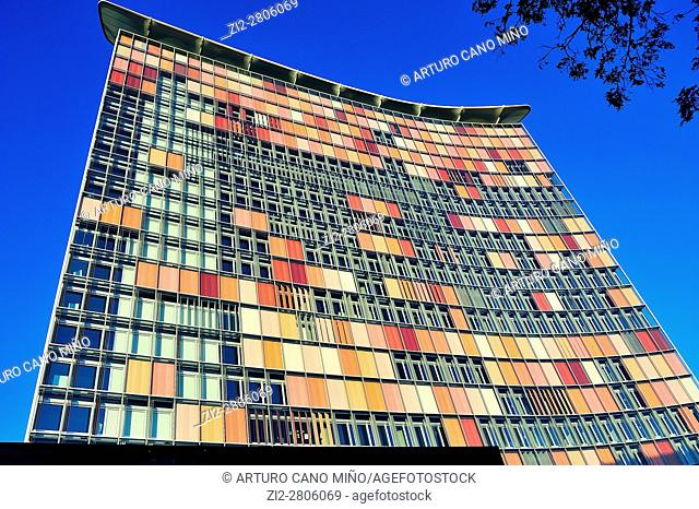 The GSW Hochhaus Building, by Matthias Sauerbruch and Louisa Hutton, 1989. Berlin, Germany