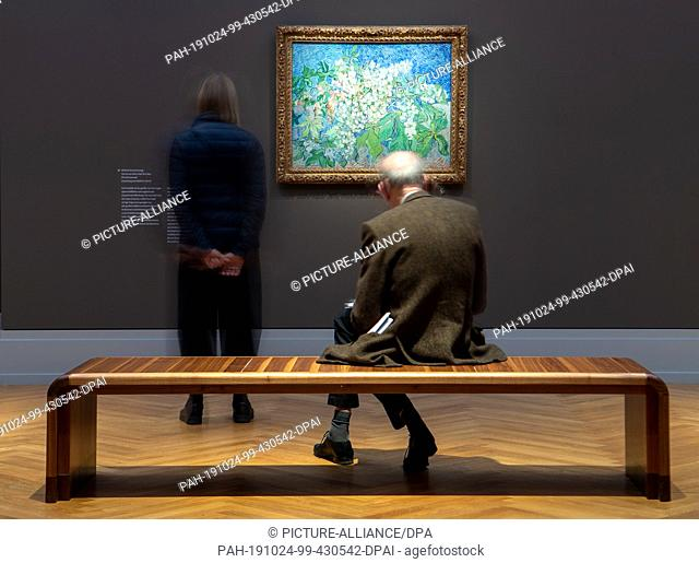 "24 October 2019, Brandenburg, Potsdam: Visitors watch after a press conference before opening the exhibition """"Van Gogh. Still Life"""" in the Barberini Museum..."