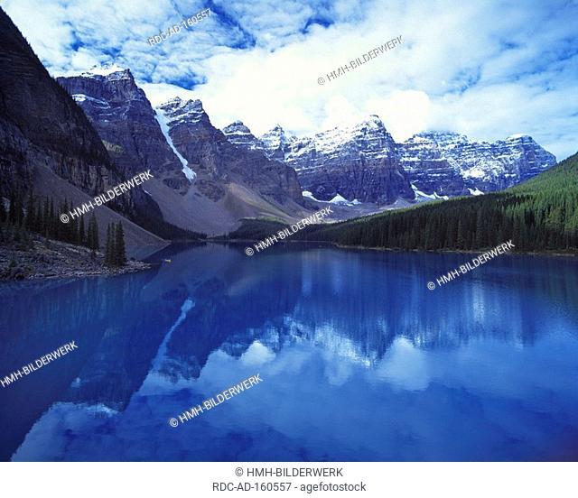 Moraine Lake Rocky Mountains Banff national park Alberta Canada