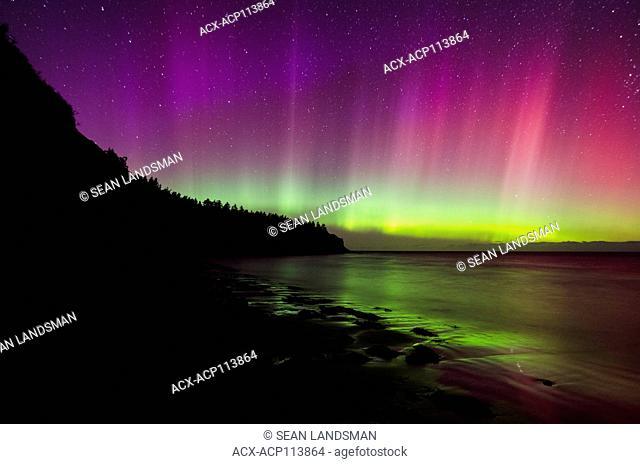 Northern Lights, Aurora Borealis, North Rustico, Prince Edward Island National Park, Prince Edward Island, Canada, night, stars