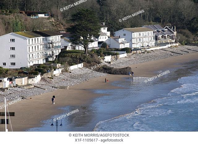 Beachfront flats and apartments in Saundersfoot, Pembrokeshire, wales