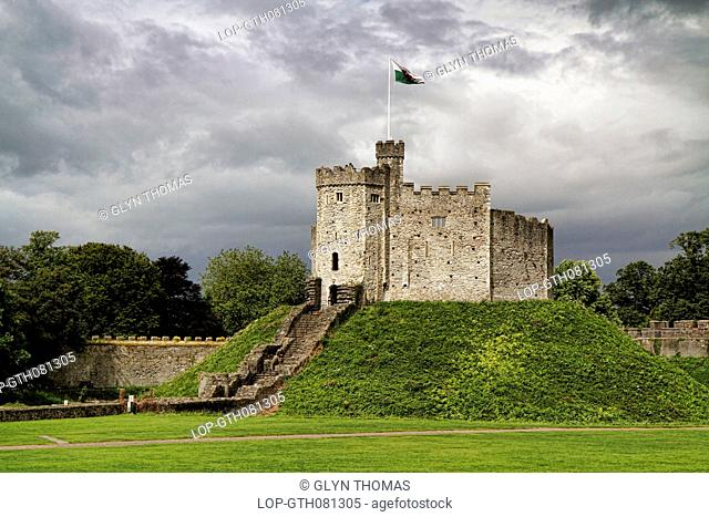 Wales, South Glamorgan, Cardiff. Storm clouds over Cardiff Castle keep