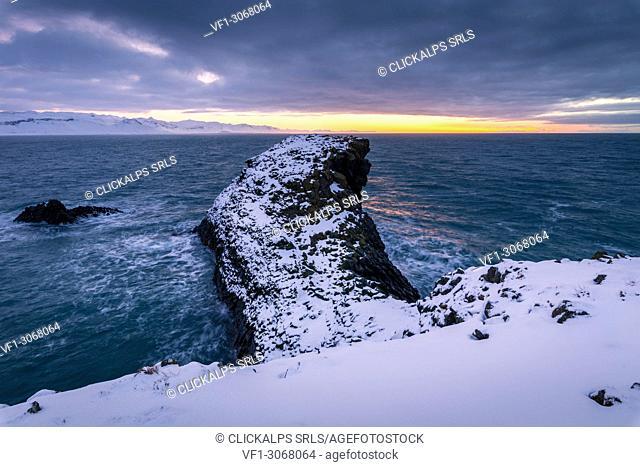 Arnarstapi stacks, Snaefellsness peninsula, northern Iceland