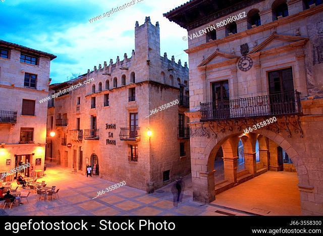 Spain square in Valderrobres. Teruel