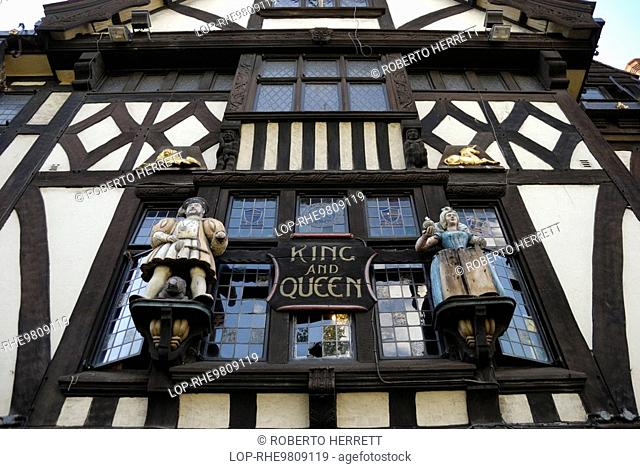 Carved figures above the entrance to Ye Olde King and Queen pub in Marlborough Place, Brighton. The building was built in 1779 originally as a farmhouse and...