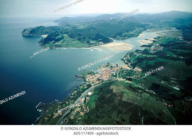 Urdaibai Biosphere Reserve. Mundaka. Vizcaya. Euskadi. Spain