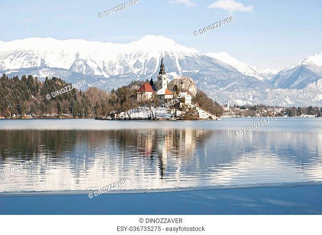 Lake Bled with castle behind in winter, Bled, Slovenia