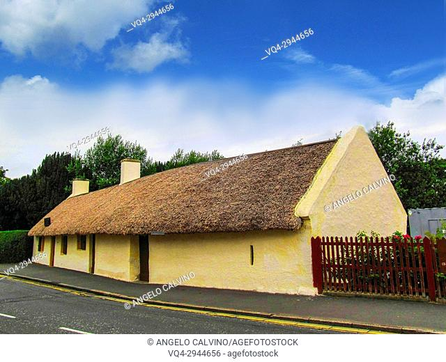 Robert Burns Cottage, The Poet was born in 1759 and died in 1796 when he was only at 37, 5 years old, Alloway, Ayr, Ayrshire, Scotland, UK