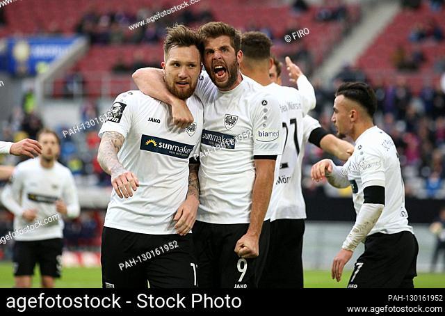 firo: 22.02.2020 Football, Soccer: 3rd Bundesliga, season 2019/2020 KFC Uerdingen 05 - SCP SC Preussen Munster jubilation, goaljubel, after the 1-0