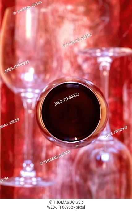 Glas of red wine