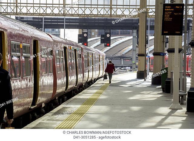 UK, England, London, Waterloo station platform