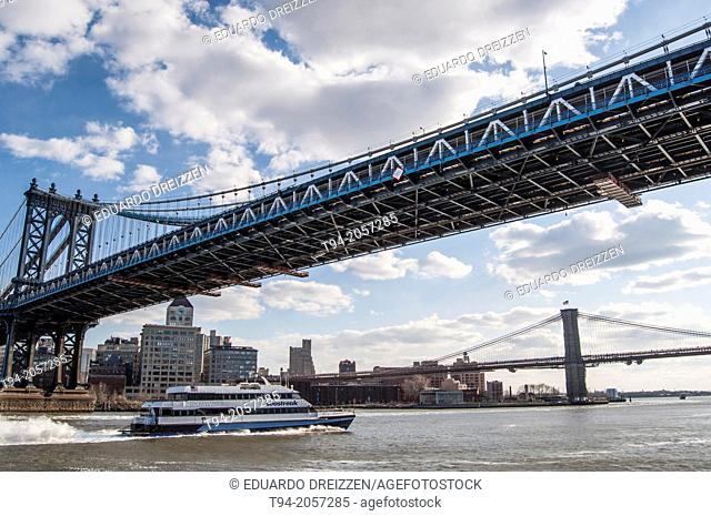 Queensboro Bridge, Roosevelt Island and the East River, New York City