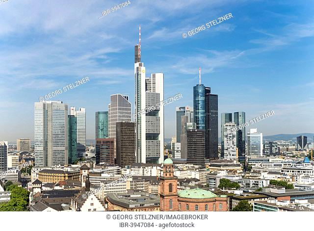 Skyline, view from the cathedral, with Trianon, Commerzbank Tower, Main Tower, TaunusTurm, Silberturm tower, Deutsche Bank I and II, Skyper building, Eurotower
