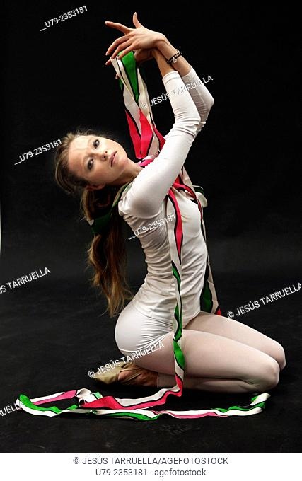Rhythmic gymnastics: ribbon