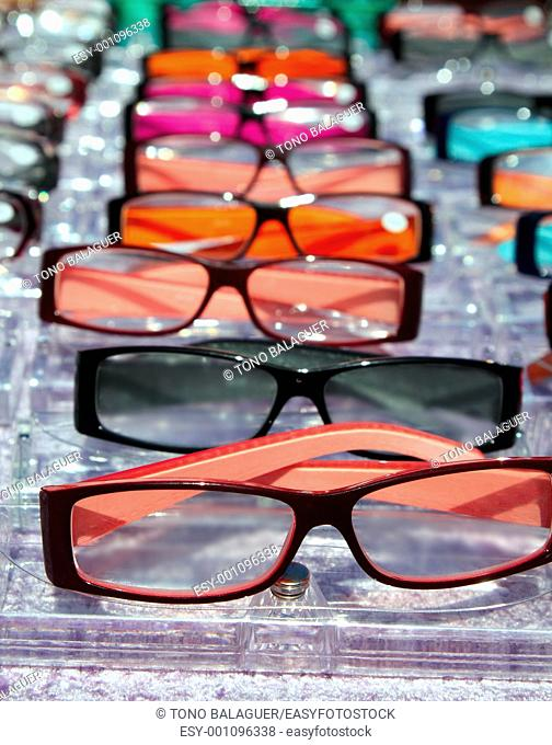 glasses for close up view in rows many eye glasses shop