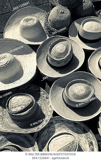Dominican Republic, Santo Domingo, Zona Colonial, Plaza Espana, straw hats