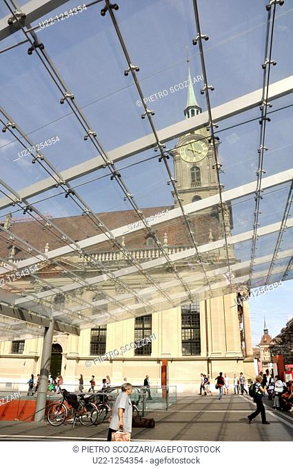 Bern (Switzerland): the Santiago Calatrava's bus station's roof
