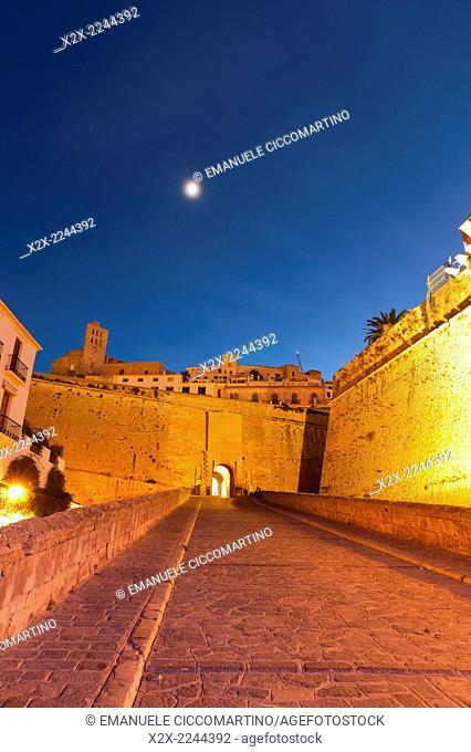 Portal de ses Taules, city gate, city wall, Rampart, Dalt Vila, historic old town, Ibiza, Balearic Islands, Spain, Mediterranean, Europe