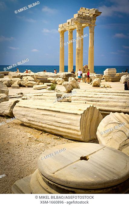 Temple of Apollo  Side ancient city  Province of Antalya  Mediterranean coast  Turkey