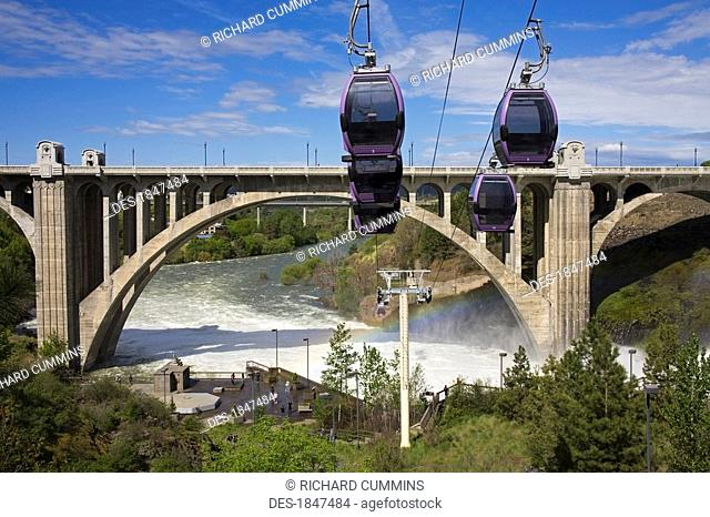 Spokane Falls Skyride over Riverfront Park, Spokane, Washington, USA