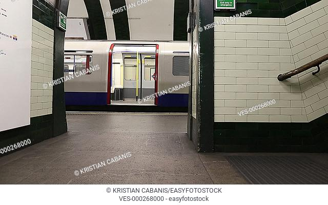 The tube moving and arriving at an underground station, London, England, Great Britain, Europe
