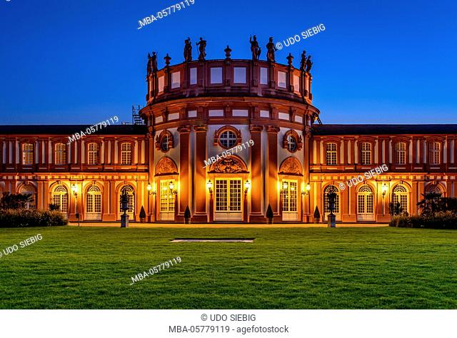 Germany, Hessen, the Rheingau, Wiesbaden, district Biebrich, Biebrich Palace, park view with rotunda