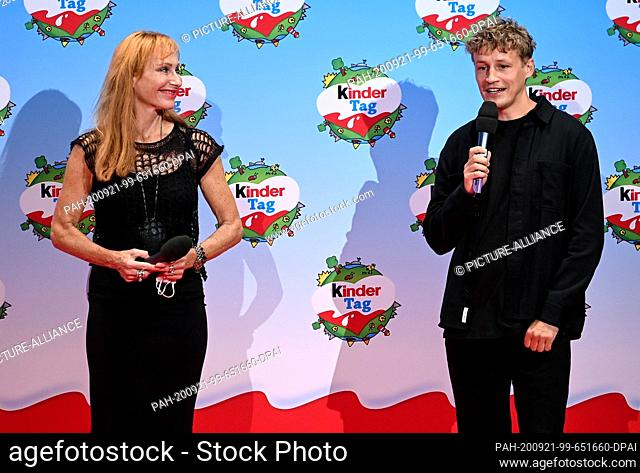 """20 September 2020, Berlin: Andrea Sawatzki and Tim Bendzko will be on stage at """"""""kinder Tag 2019"""""""" at Radialsystem V. On the occasion of World Children's Day"""