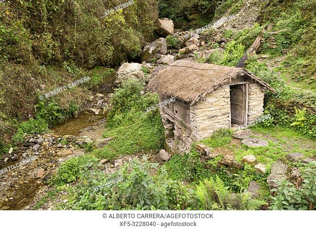 Water Mill, Mountain Footpath, Trek to Annapurna Base Camp, Annapurna Conservation Area, Himalaya, Nepal, Asia