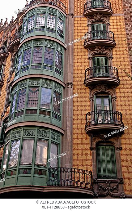 detail Modernist building in the Eixample, Barcelona, Catalonia, Spain