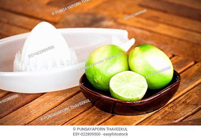 Fresh citrus lime wholes and slice prepare for squash