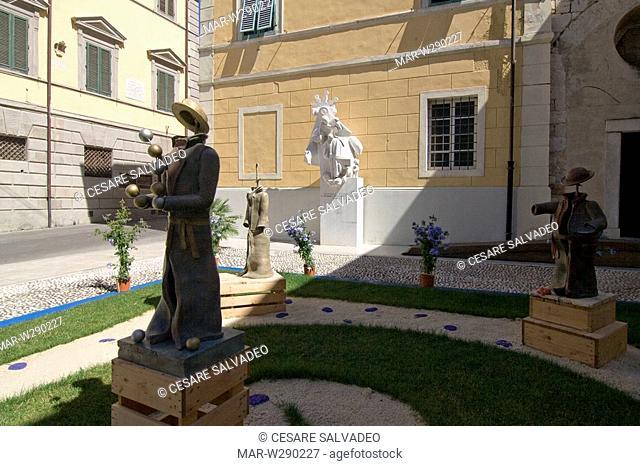 europe, italy, toscana, pietrasanta, sculptures of nicola giannoni