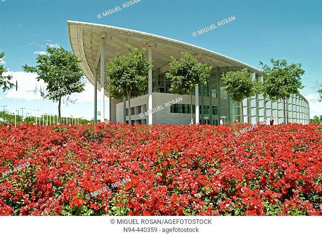Palacio de Congresos (Convention Center in May). By Norman Foster, 1994-1998. Valencia. Comunidad Valenciana. Spain