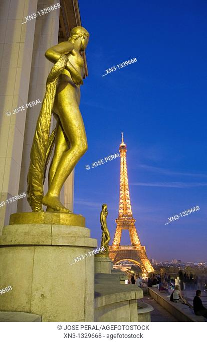Sculpture on the terrace of Palais de Chaillot with Eiffel Tower in the background, Paris, France