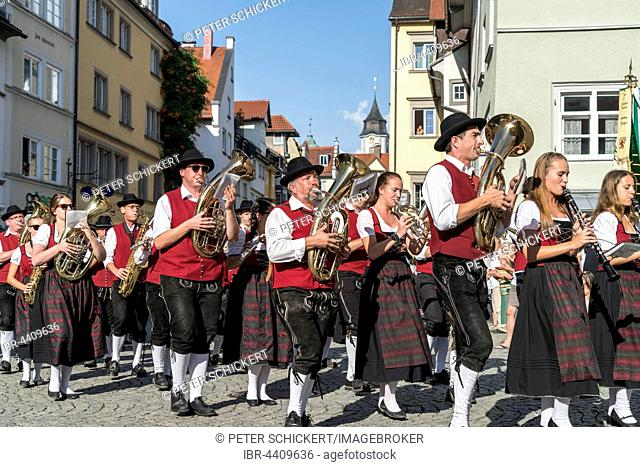 Parade with musical band in traditional costumes, Lindau, Lake Constance, Bavaria, Germany