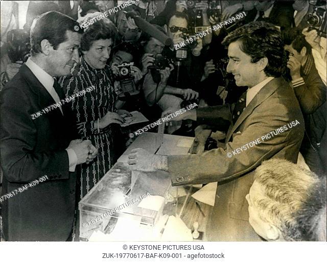 Jun. 17, 1977 - Spain's Prime Minister Adolfo Suarez and His Wife Voting (Credit Image: © Keystone Press Agency/Keystone USA via ZUMAPRESS.com)
